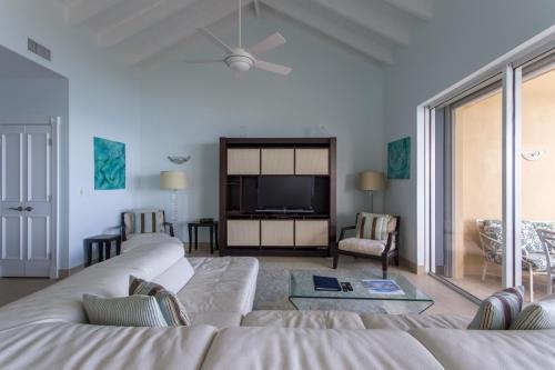 402 Living Room - Copy
